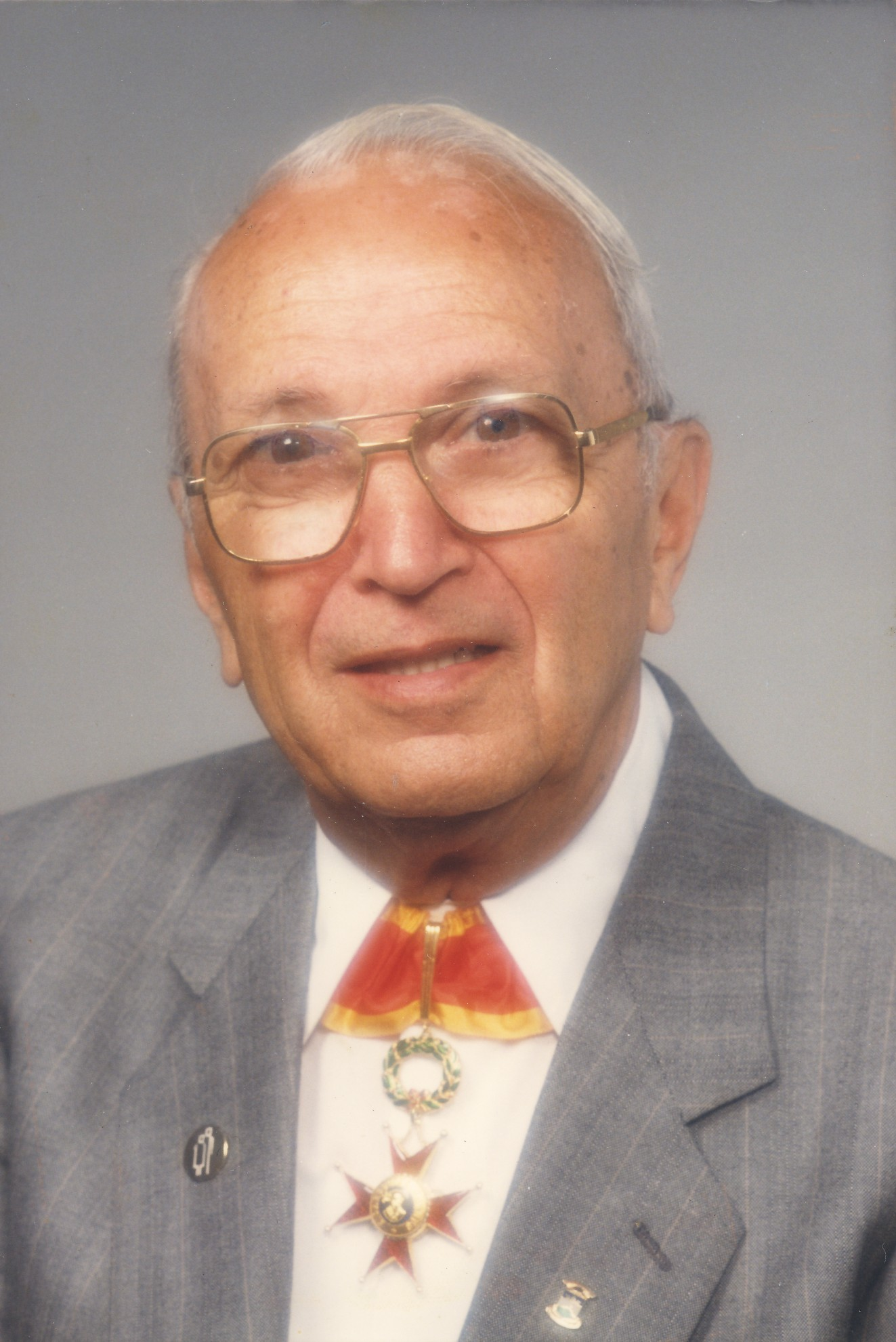 Portrait d'Alcide Fleury. SOURCE: Ville de Victoriaville, Fonds Alcide Fleury, P03, S1, SS1, P0278. Photo: Photographes Bourret
