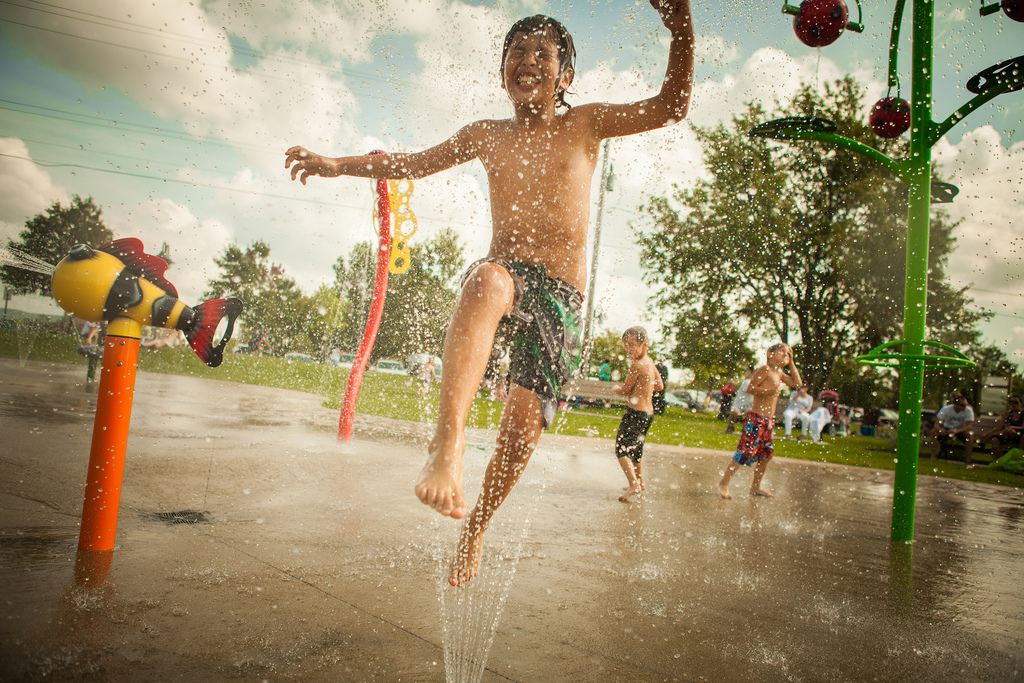 Jeux d'eau au parc du réservoir Beaudet (Place Elliot-Tardif) de Victoriaville